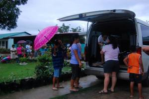Distribution of clothes and relief goods to the women