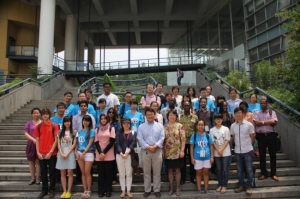 Food & Health group in front of the Medicine Building of Tongji University